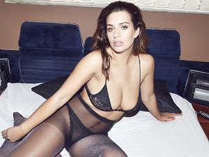 Holly-Peers-Uk-topless-nude-photoshoot-p7dtbglubv.jpg