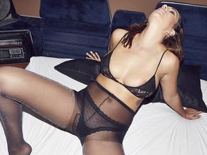 Holly-Peers-Uk-topless-nude-photoshoot-v7dtbgmitj.jpg