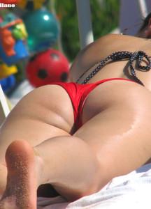 Brunette-Red-Bikini-%5Bx13%5D-67eexw0ywx.jpg